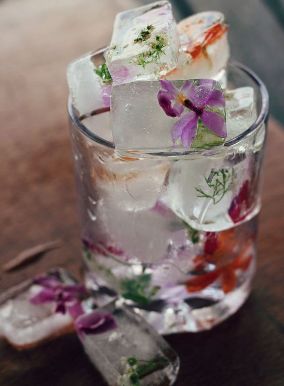 floral ice cubes to make every drink special