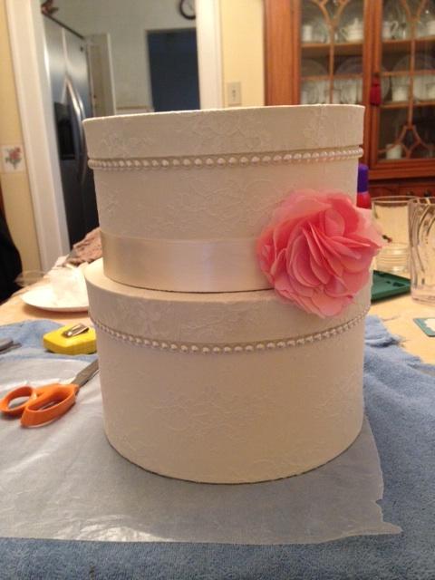 DIY round lace wedding card box (via boards.weddingbee.com)