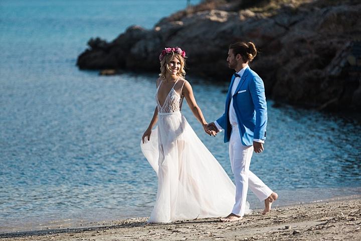 Bold Athens Riviera Beach Wedding Shoot