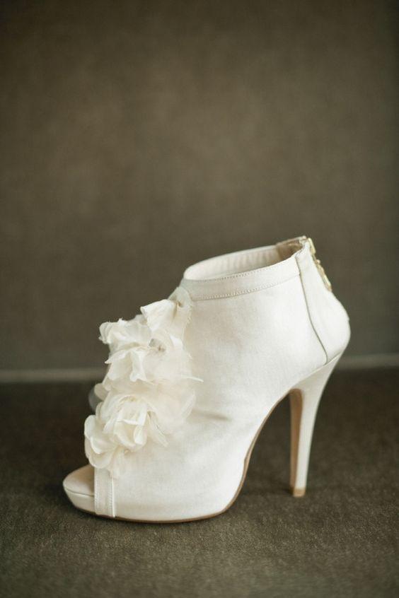 white plain peep toe booties with ruffles