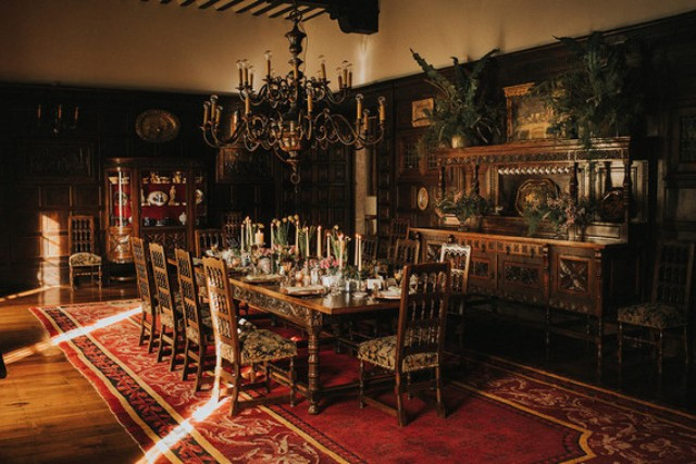 The moody reception space decorated in antique style