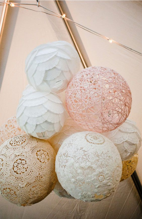 crochet doilies lanterns will make a cool and eye-catchy decoration