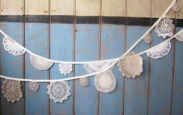 vintage crocheted doilies for a garland