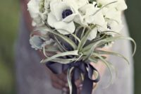11 white anemones and air plants for a creative wedding bouquet