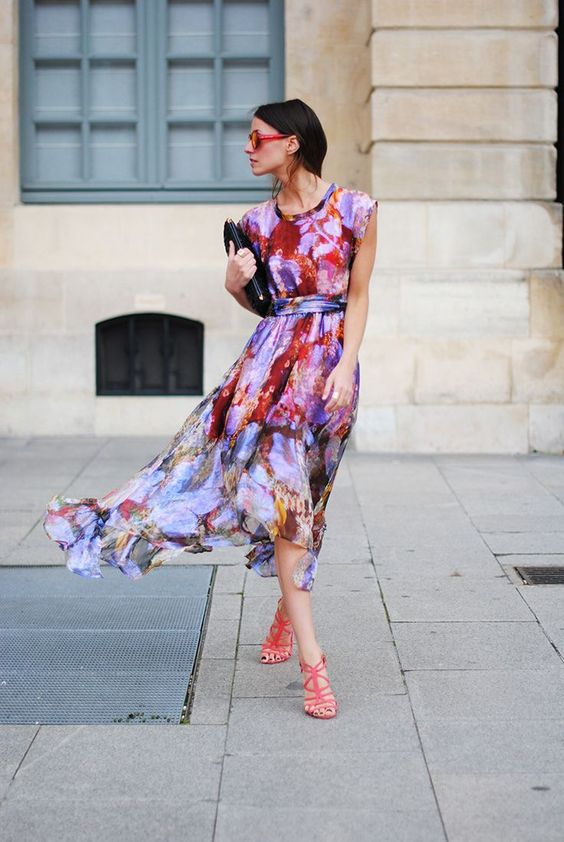 very colorful printed watercolor midi dress and pink strappy heels