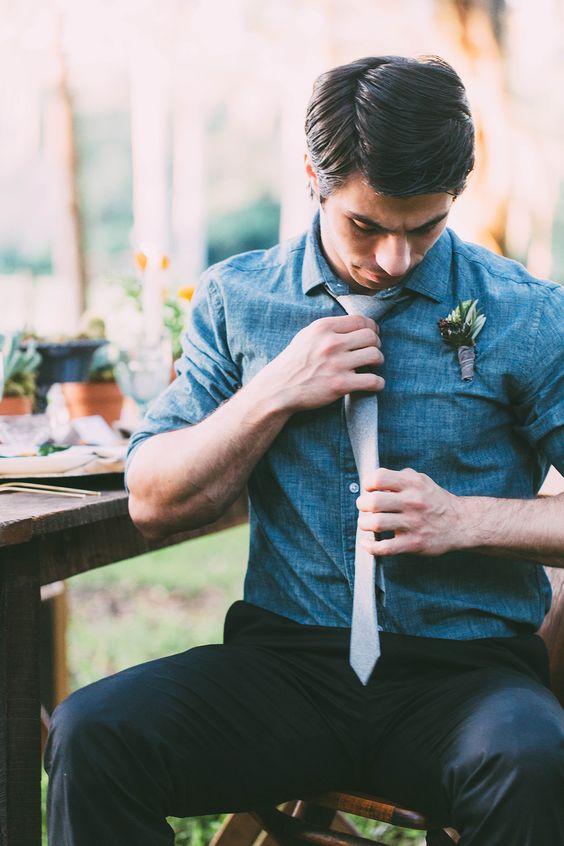 black pants, a chambray shirt and a grey tie