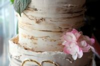 28 birch-inspired cake topped with pink hydrangeas