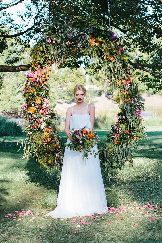 30 Summer Wedding Arches And Backdrops Weddingomania