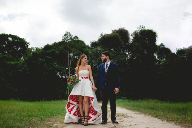 This couple consists of a musician and a painter, and their wedding was full of art and music, with 400 guests