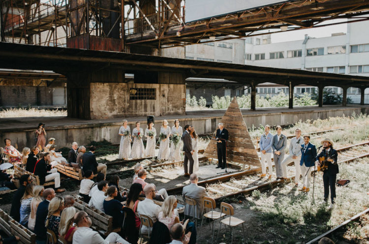 Boho and industrial, rustic and laconic in a Scandinavian way, this wedding had minimal decor