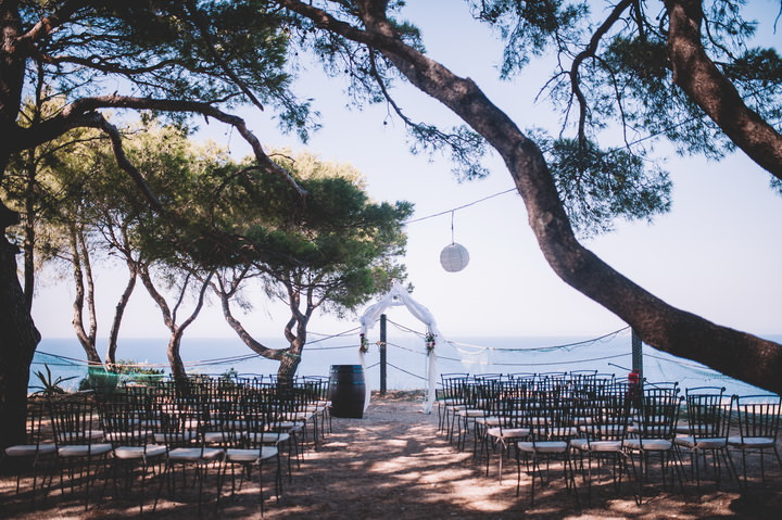 The ceremony space had a beautiful sea backdrop, and what else do we need for an outdoor wedding