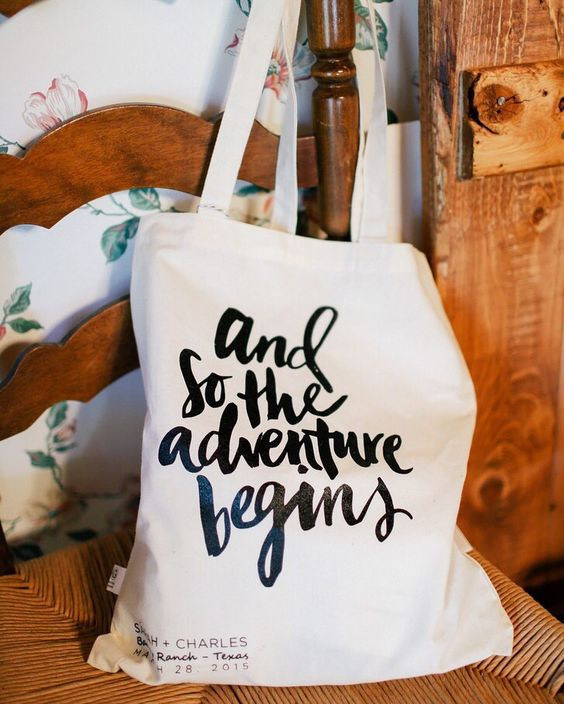 personalize the bag with some words that you like
