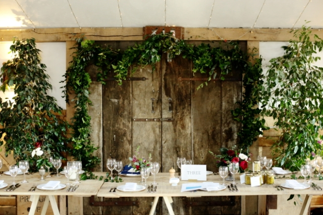 Lots of greenery all around made the decor fresh and cool