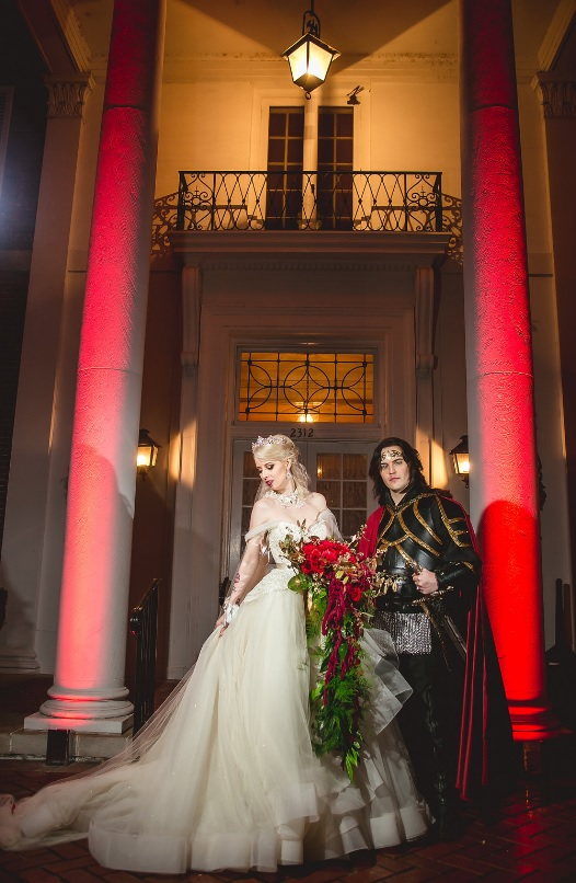 Red Gothic Wedding Dress 94 Good The bride was carrying