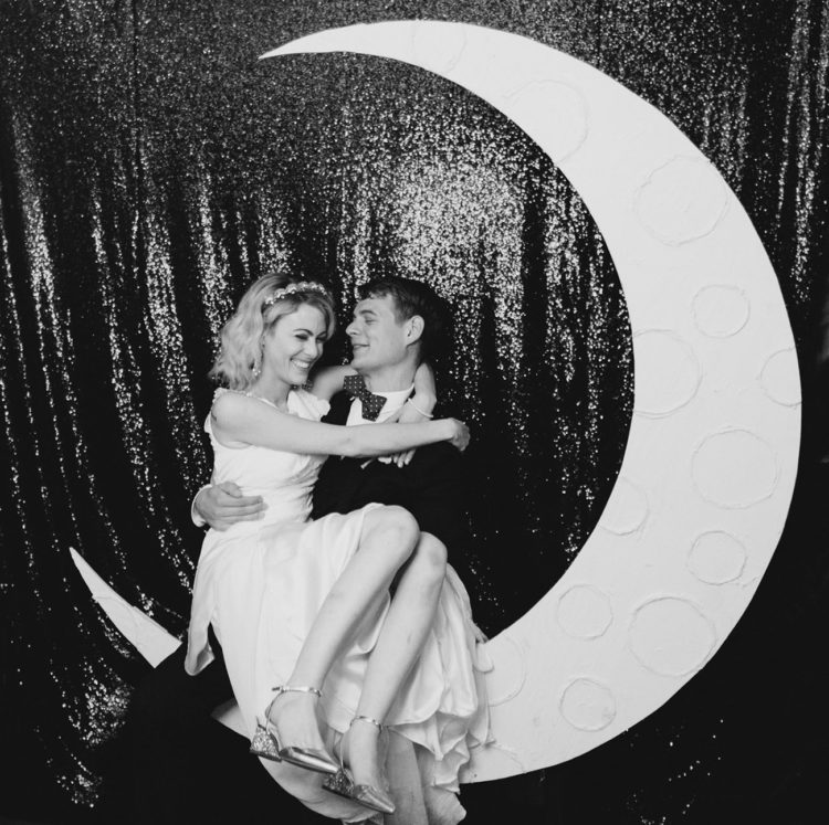 The crescent moon photo definitely harkens back to the '20s