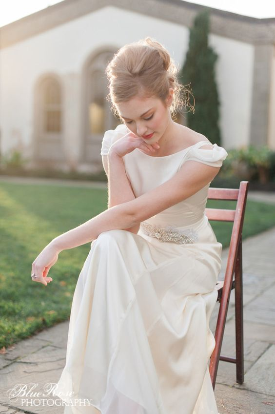 silk cap sleeves for a retro gown
