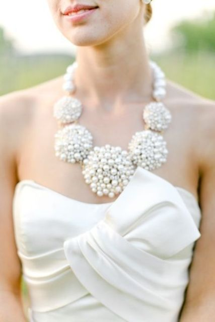 statement pearl spheres wedding necklace for a bold modern look