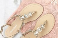 23 pearls and beads thong wedding sandals with straps for comfort