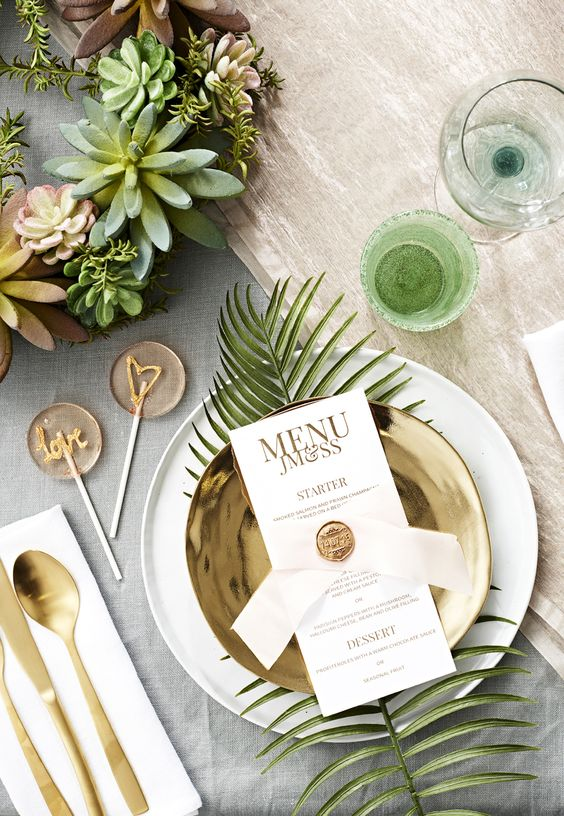 place oversized leaves for each place setting to highlight the setting