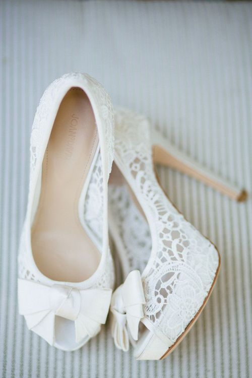 white lace peep toe shoes with toecap bows