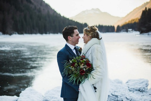 This beautiful rustic wintertime wedding took place in the French Alps