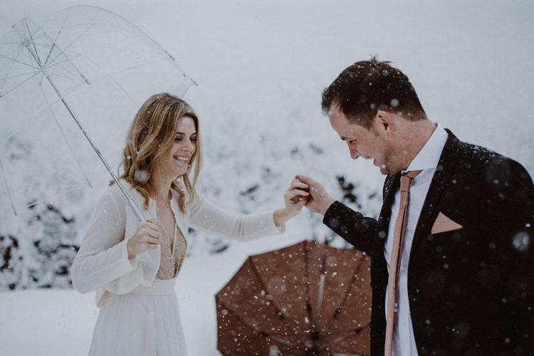 This snowy winter wedding took place in Bavaria, it was charming, cozy and chic