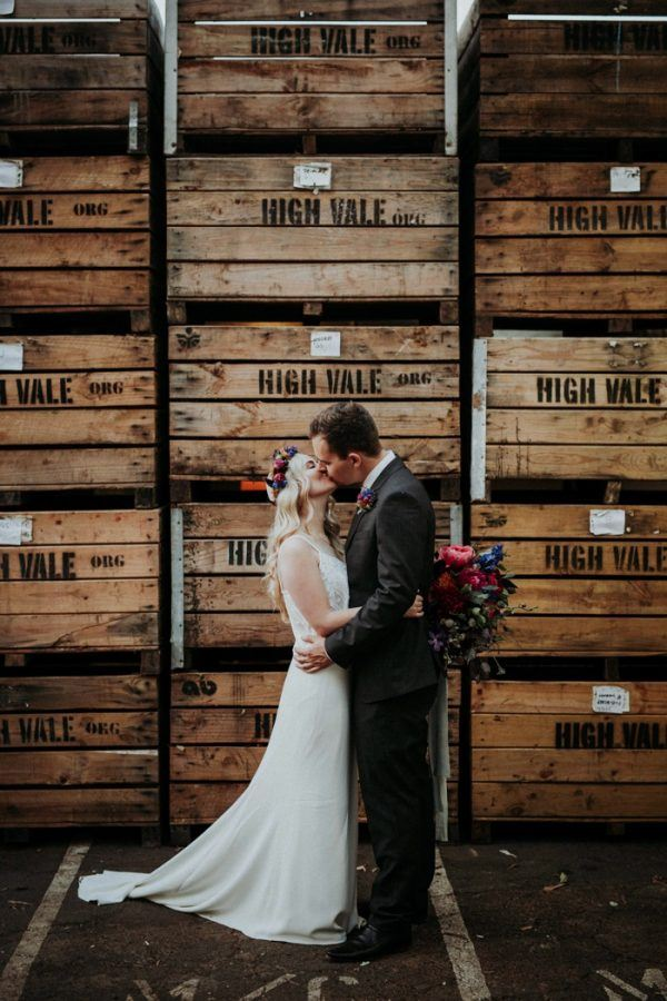 A cider house was chosen as the wedding venue