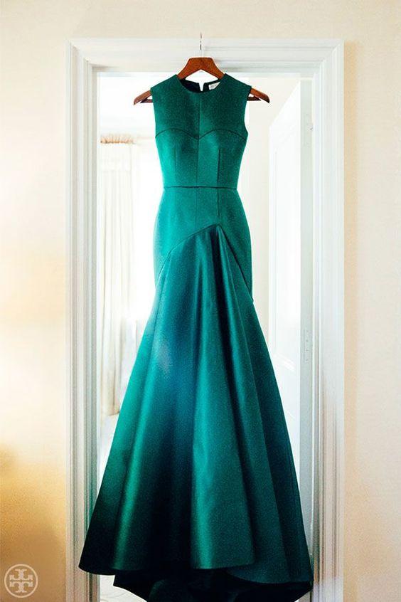 emerald sleeveless mermaid-style wedding dress with no detailing