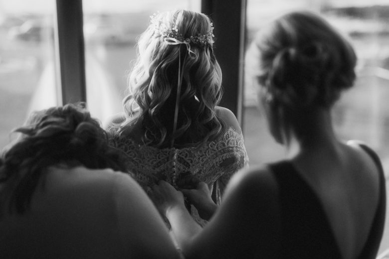 nice bride's updo hairstyle