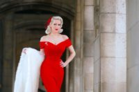 19 off the shoulder hot red wedding dress for a retro-inspired bride