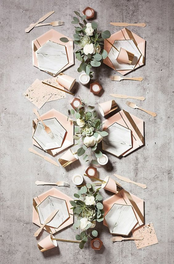 delicate gold trimming on elegant hexagon for chic marble plates