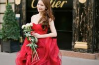 21 strapless red wedding dress with a ruffled skirt by Vera Wang
