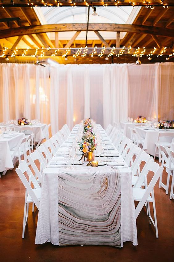 marble wedidng table runners won't cost a lot but will look unusual