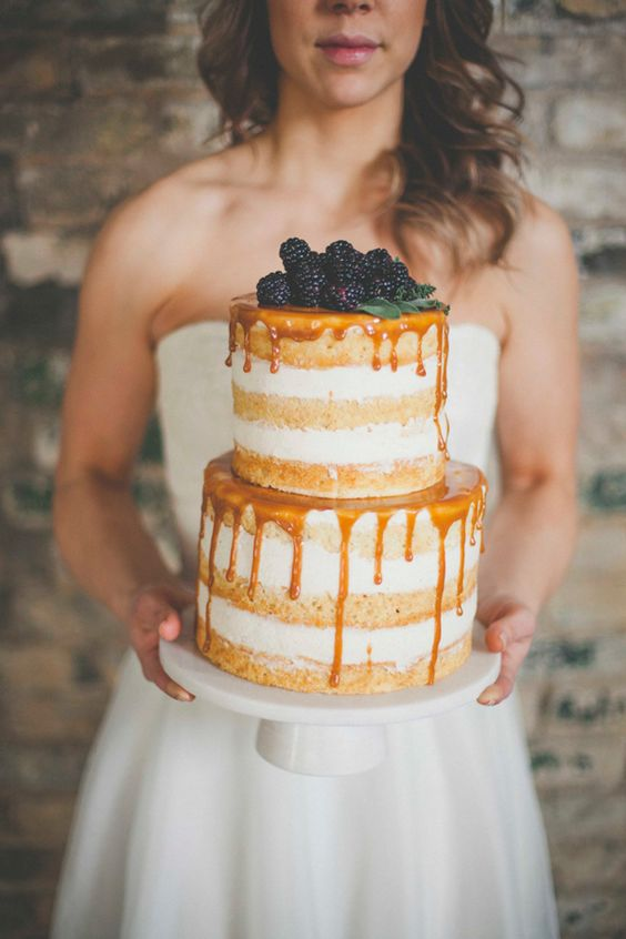 naked cake with honey drip and blackberries