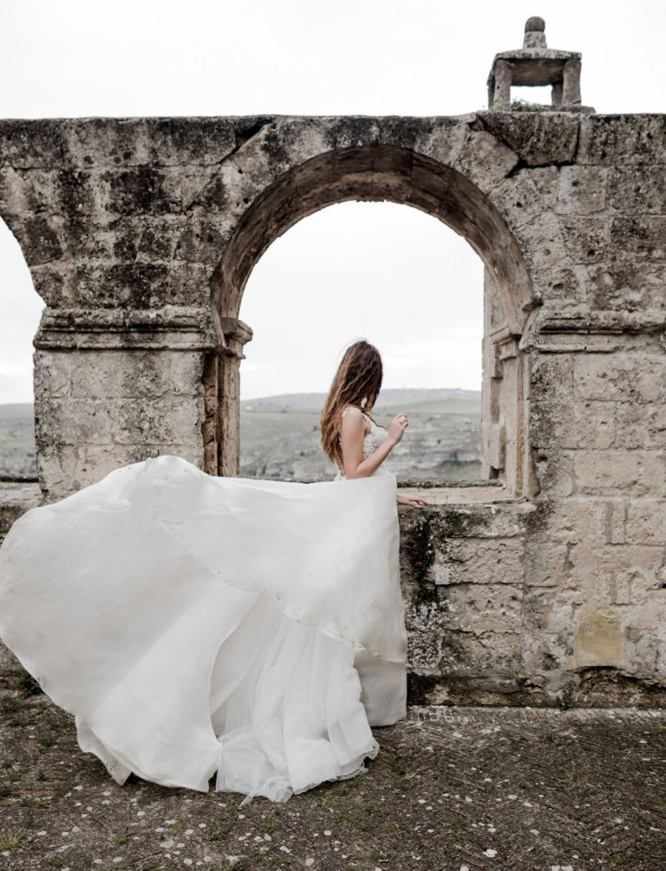 Spectacular Wedding Shoot In Muted Tones