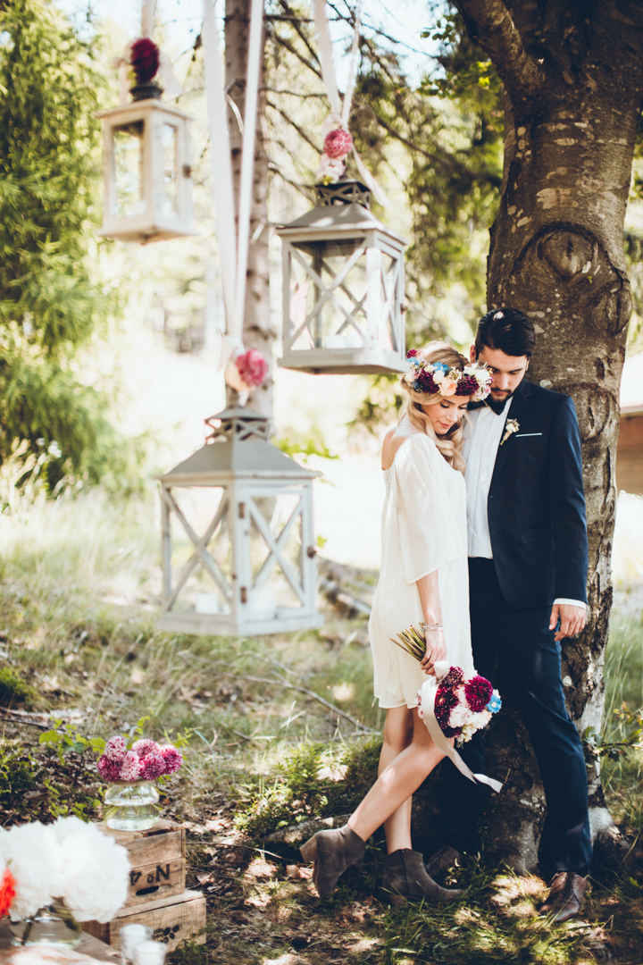 Boho-Inspired Forest Wedding Shoot With A Rich Color Palette