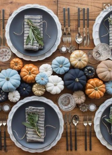 blue, white, orange, navy and gilded pumpkins as a fall wedding table runner