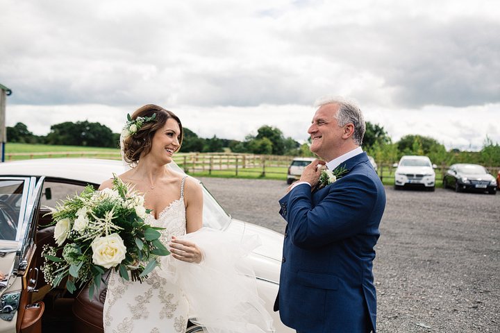 The gorgeous bride and her father
