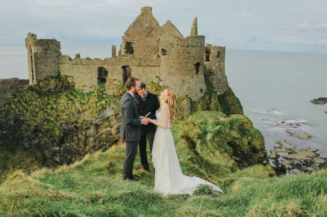 an elopement on the castle hills looks very spectacular and beautiful