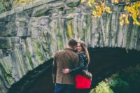 13 a fall engagement in the Central Park is a cool idea, it combines the big city and beautiful nature at the same time