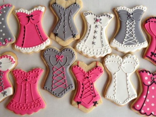cute and sexy corset cookies can be DIYed and will add cheer to your party