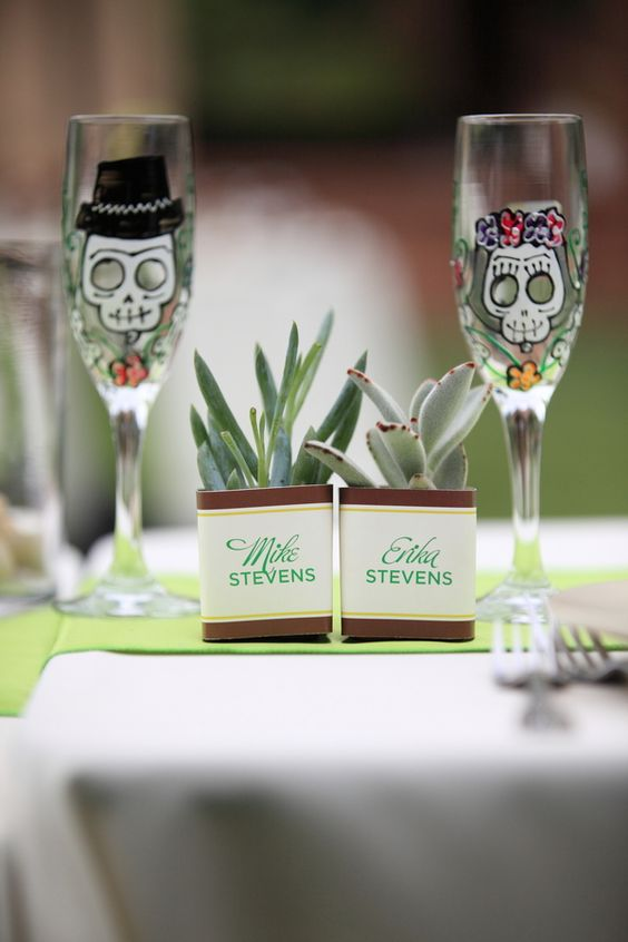 sugar skull glasses for the couple at a Cinco de Mayo wedding