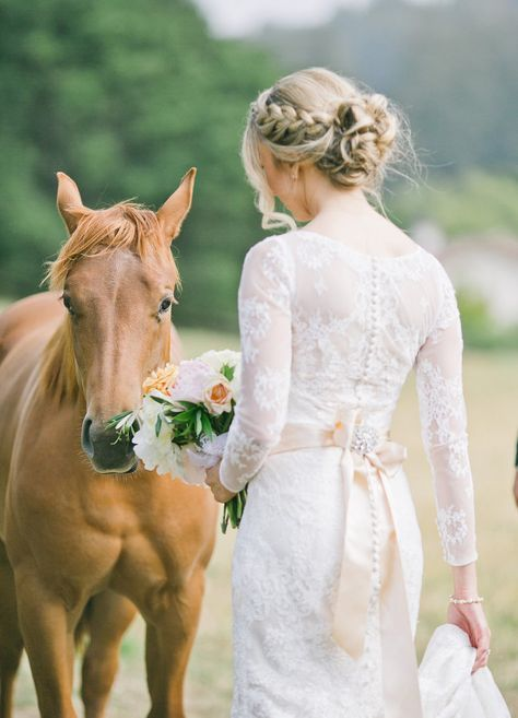 braids also scream farms and ranches, and wearing a braided updo is great for your wedding