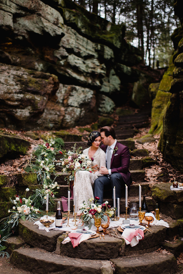 Dieser reizende fall-Hochzeits-Shooting ist voller Beeren-Töne, Reich an details und schöner Aussicht