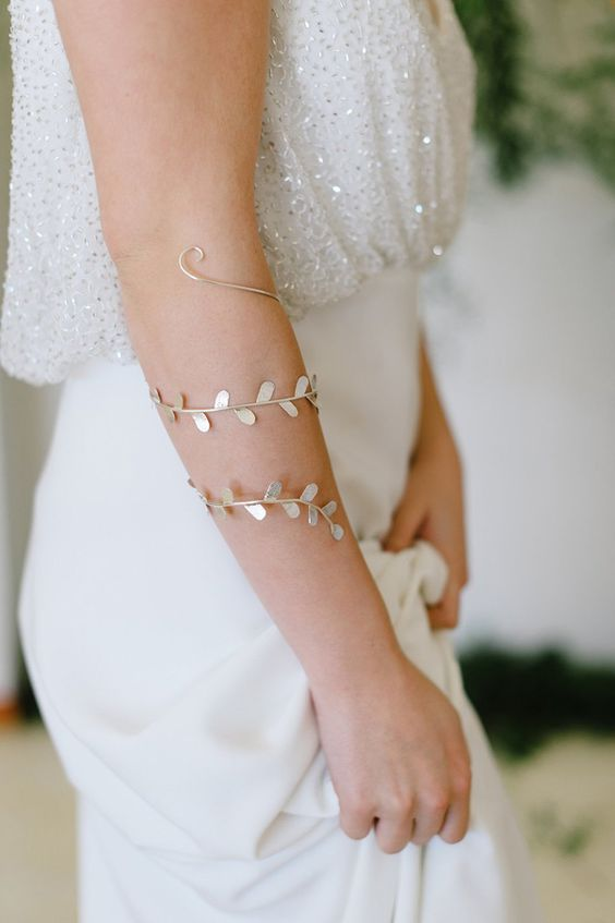 unique leafy wedding bracelet can be worn during the honeymoon, too