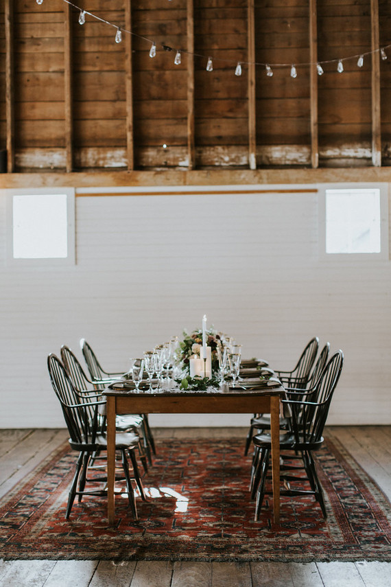 This is a nice example of decorating and styling a fall barn wedding tablescape