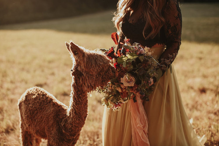 Her moody bouquet totally fitted the bridal shoot in its colors