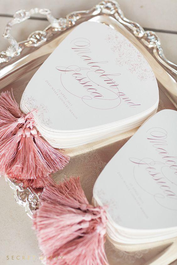 Luxus-fan-geformte Hochzeits-Programme mit rosa Quasten, Niedlich Aussehen und interessant