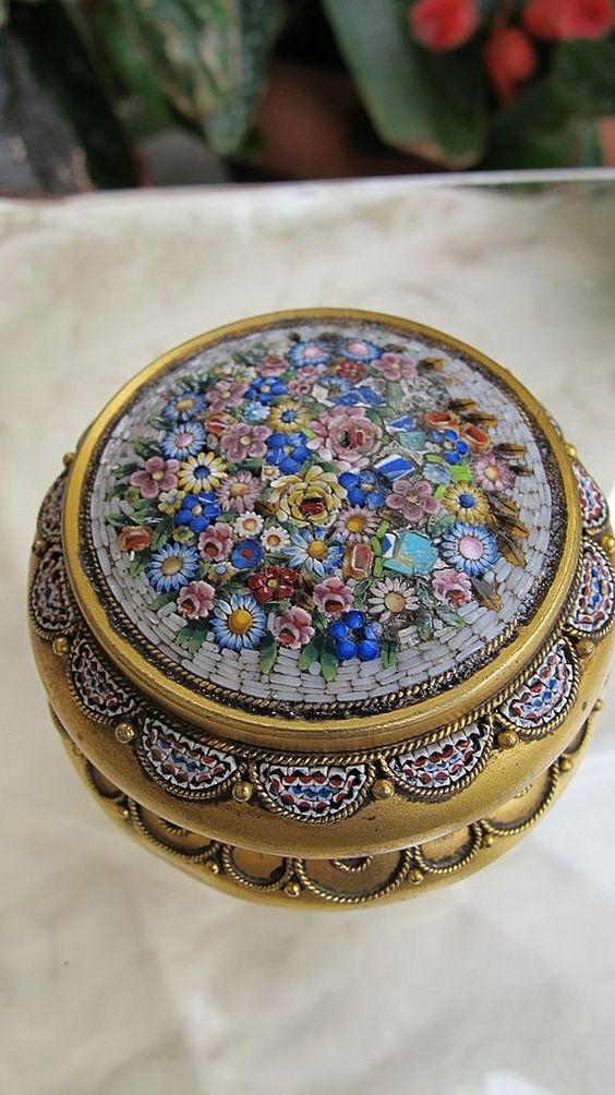 Italian micro mosaic jewelry box looks very sweet and eye-catchy