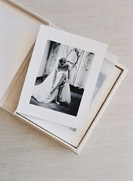 boudoir album made of photos packed in a comfy box is a chic idea